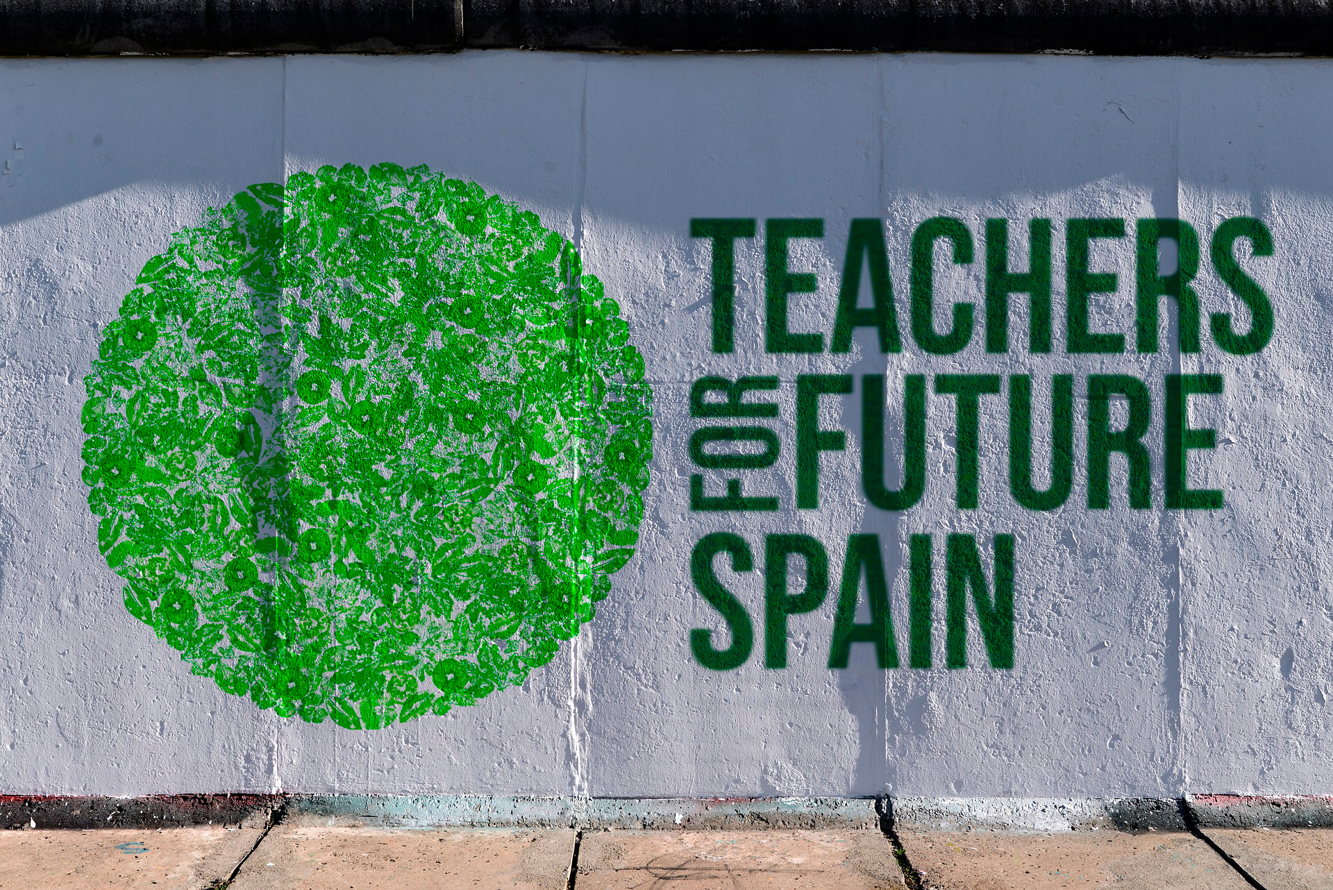Teachers for Future Alumnas de Diseño Gráfico presentan su trabajo en un encuentro nacional en Madrid